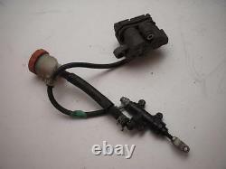 Honda Vf700f Vf750f Rear Brake Caliper Master Cylinder Hose Line Used 1984